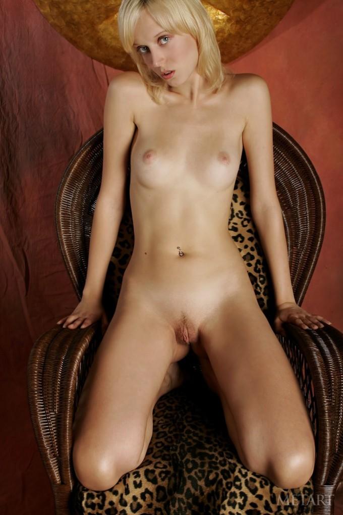 Sweet blondie revealing her pussy