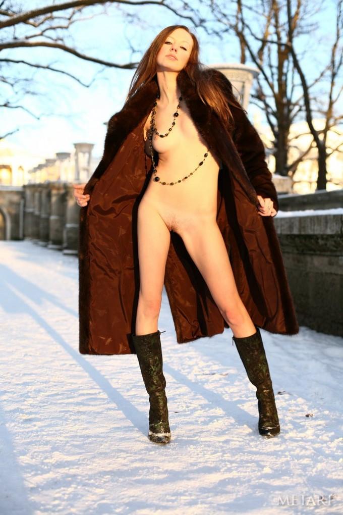 Daring Russian princess is naked outside.