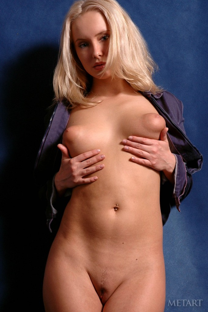 Blonde bombshell with delicious huge nipples