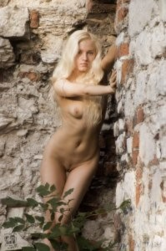 Old ruins and an astounding blondie