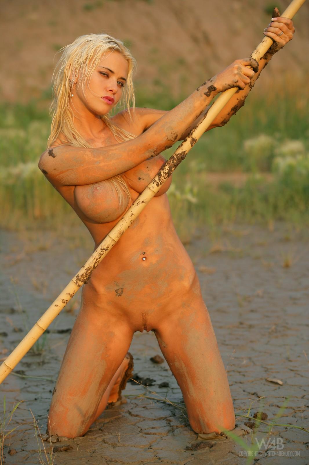 Фото имтим обнаженных блондинок 22 фотография