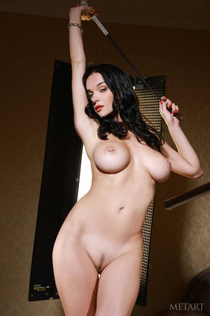 Busty women reveals her sexy nipple piercings