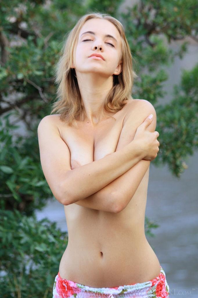 http://www.simplenu.com/images/galleries/29/71109/12.jpg