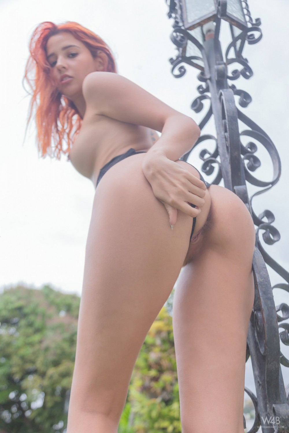 Sticky lollipop deep inside a ginger pussy