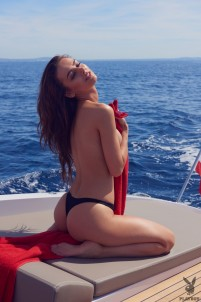 Hottie takes a naked boat tour to find new pleasures