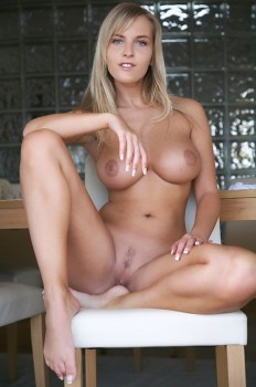 Delicious blonde with inverted nipples is posing