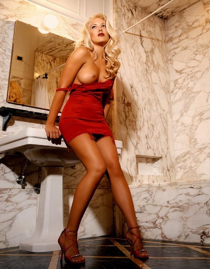 Astounding blonde pornstar posing